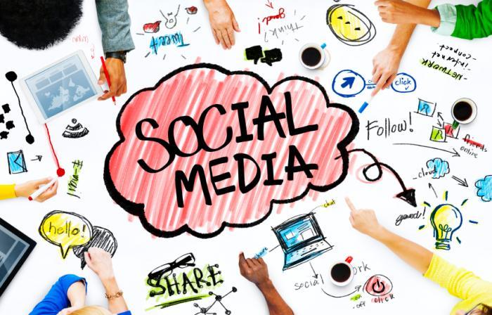 mobile shopping experience via social media